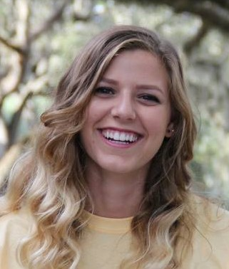 Rachel Gonzalez-Louis Headshot