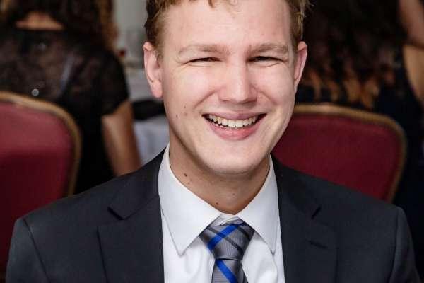 Seth Downing Headshot